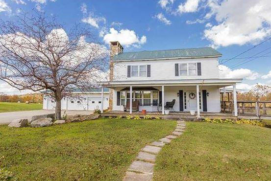 housing styles farmhouse