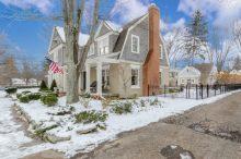 1-13-cleveland-com-chagrin-falls-house-930480755d6d868b