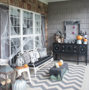 Spider Web Porch | Howard Hanna