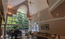 Homes of Distinction - 3681 Oak Glen NW